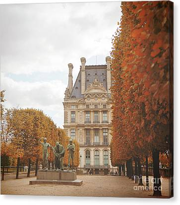 Tuileries Garden In Fall Canvas Print by Ivy Ho