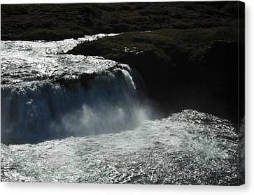 Tungufljot River And Faxi Falls Canvas Print by David Halperin