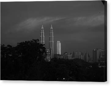 Twin Towers Malaysia Canvas Print by Zak Kz