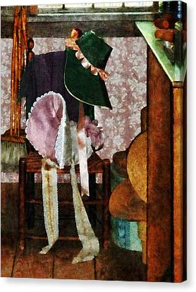 Two Old-fashioned Bonnets Canvas Print by Susan Savad