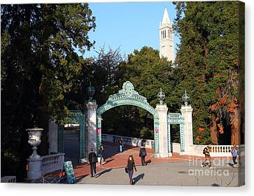 Uc Berkeley . Sproul Plaza . Sather Gate And Sather Tower Campanile . 7d10025 Canvas Print by Wingsdomain Art and Photography