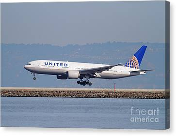 United Airlines Jet Airplane . 7d11794 Canvas Print by Wingsdomain Art and Photography