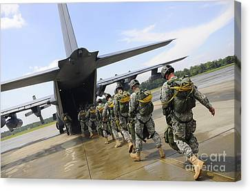 U.s. Army Rangers Board A U.s. Air Canvas Print by Stocktrek Images