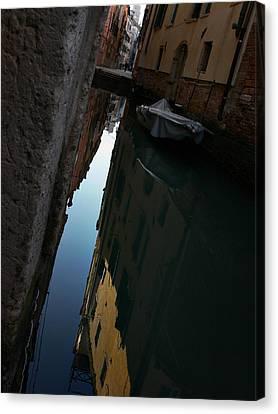Venice-14 Canvas Print by Valeriy Mavlo