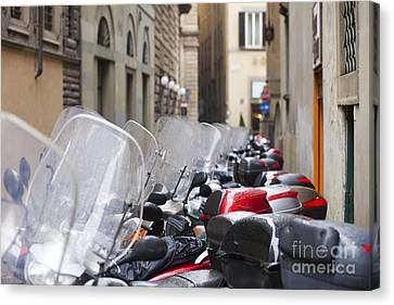 Vespas In Florence Canvas Print by Andre Goncalves