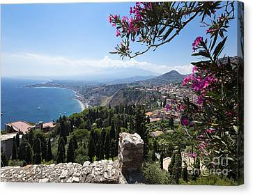View From Teatro Greco In Taormina To The Cloud-shrouded Mount Etna Canvas Print by Wolfgang Steiner