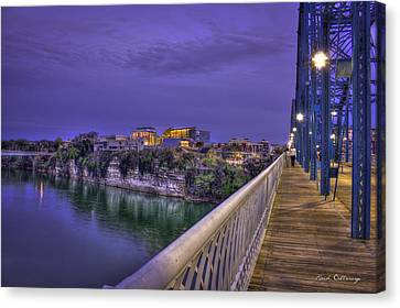 Walking Chattanooga Hunter Museum Of American Art Canvas Print by Reid Callaway