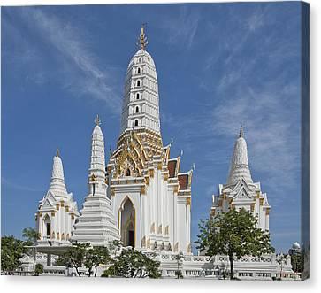 Wat Phitchaya Yatikaram Prangs Dthb1186 Canvas Print by Gerry Gantt