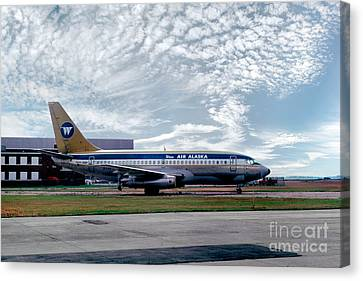 Wien Air Alaska Boeing 737, N4907 Canvas Print by Wernher Krutein