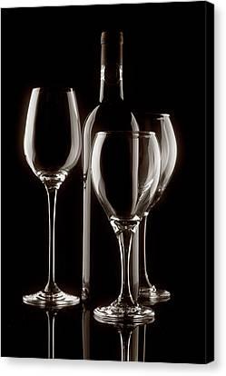 Wine Bottle And Wineglasses Silhouette II Canvas Print by Tom Mc Nemar