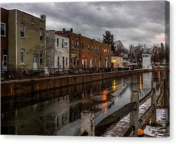 Winter Along The Canal Canvas Print by Everet Regal