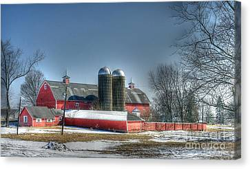 Winter Barn In Dundee Canvas Print by David Bearden
