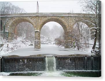 Winter Wonderland Along The Wissahickon Creek Canvas Print by Bill Cannon