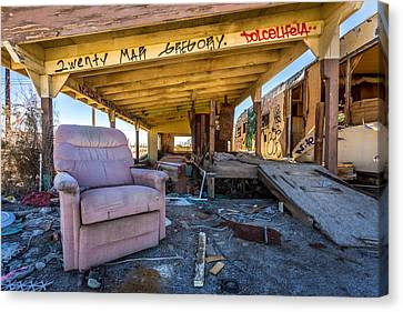 Wreckcliner Canvas Print by Peter Tellone