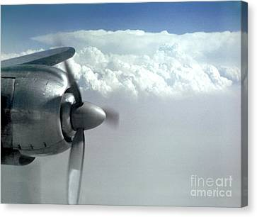 Wright R-3350 Radial Engine, Lockheed Constelation Canvas Print by Wernher Krutein