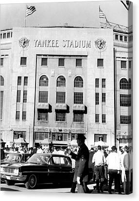 Yankee Stadium, Fans Arrive To Watch Canvas Print by Everett