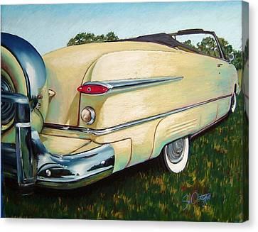 Yellow Beauty Canvas Print by Sandra Ortega