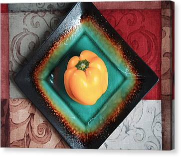 Yellow Bell Pepper Canvas Print by Tom Druin