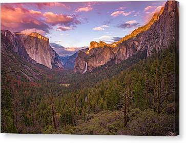 Yosemite Valley Spring Sunset Canvas Print by Scott McGuire