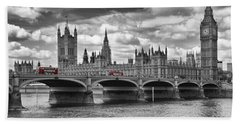 London - Houses Of Parliament And Red Buses Hand Towel by Melanie Viola