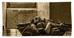 Still Life At Chenonceau Hand Towel by Nikolyn McDonald