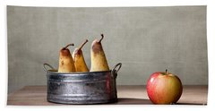 Apple And Pears 01 Hand Towel by Nailia Schwarz