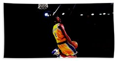 Kobe Bryant In Flight 08a Hand Towel by Brian Reaves