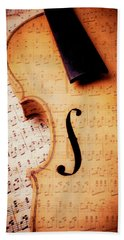 Violin And Musical Notes Hand Towel by Garry Gay
