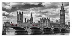 London - Houses Of Parliament And Red Buses Beach Towel by Melanie Viola