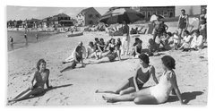 Silver Beach On Cape Cod Beach Sheet by Underwood Archives