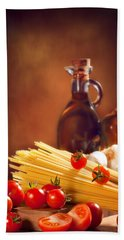 Spaghetti Pasta With Tomatoes And Garlic Beach Towel by Amanda Elwell
