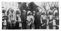 Coolidge With Native Americans Beach Sheet by Photo Researchers