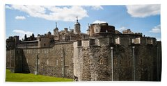 Tower Of London Beach Sheet by Dawn OConnor