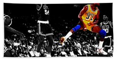 No Look Pass 32 Beach Towel by Brian Reaves