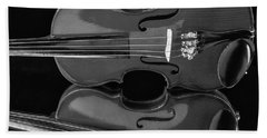 Violin Reflectiuon In Black And White Beach Towel by Garry Gay