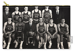 1959 University Of Michigan Basketball Team Photo Carry-all Pouch by Mountain Dreams