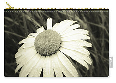 Dew Drops  Carry-all Pouch by Les Cunliffe