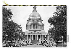 The Capitol Building Carry-all Pouch by Underwood Archives