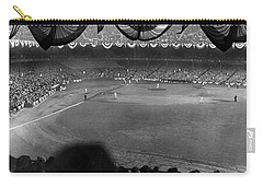 Yankees Defeat Giants Carry-all Pouch by Underwood Archives