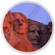 Usa, South Dakota, Mount Rushmore Round Beach Towel by Panoramic Images