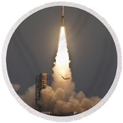 Minotaur I Launch Round Beach Towel by Science Source