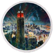 Nyc In Fourth Of July Independence Day Round Beach Towel by Ylli Haruni