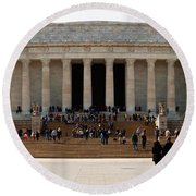 People At Lincoln Memorial, The Mall Round Beach Towel by Panoramic Images
