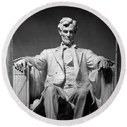 Statue Of Abraham Lincoln Round Beach Towel by Panoramic Images