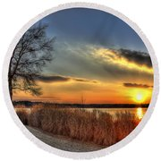 Sunset Sawgrass On Lake Oconee Round Beach Towel by Reid Callaway