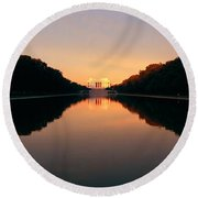 The Lincoln Memorial At Sunset Round Beach Towel by Panoramic Images