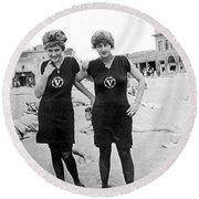 Two Girls At Venice Beach Round Beach Towel by Underwood Archives