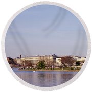 Usa, Washington Dc, Washington Monument Round Beach Towel by Panoramic Images