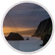Hawaii Sunrise At The Pololu Valley Lookout Round Beach Towel by Larry Marshall