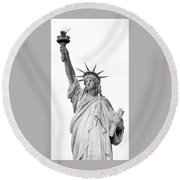 Statue Of Liberty, Black And White Round Beach Towel by Sandy Taylor